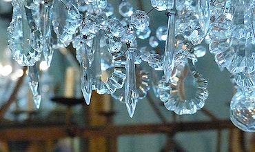 Chandeliers & Lanterns
