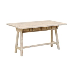 Table-1562