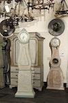Clock 401
