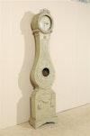 Clock 412