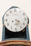 Clock 522